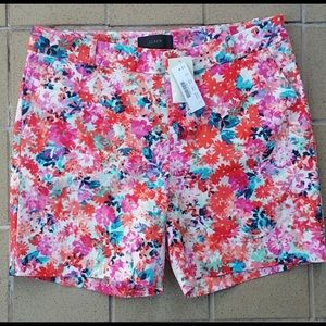 """J.Crew Floral Shorts, NWT, Size 6, 31"""" X 6"""" Inseam"""